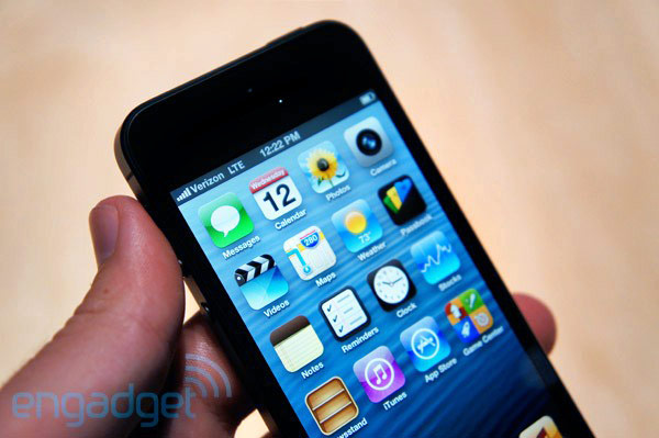 iphone5hands-on-1347482537